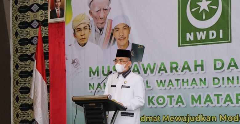 Wakil walikota Mataram TGH. Mujiburahman