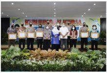 Menteri PPPA Beri Penghargaan Kepada Gubernur NTB Atas Keberhasilan Pengesahan Perda Perkawinan Anak