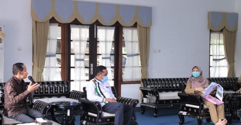 Wakil Gubernur NTB, Dr. Hj. Sitti Rohmi Djalilah