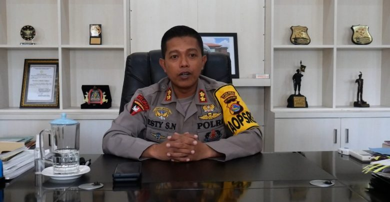 Kapolres Loteng, AKBP Esty Setyo Nugroho, SIK
