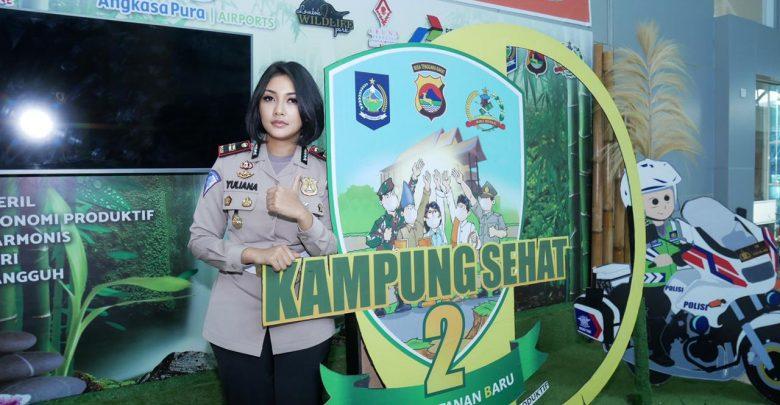 Polwan Cantik Iptu Rita Ajak Swafoto Photobooth Kampung Sehat 2 di BIL