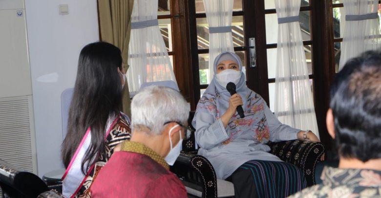 Pemprov NTB Dukung Feodara di Kompetisi Putri Batik Remaja Nasional