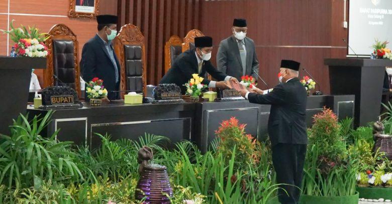 Rapat Paripurna XII Rapat Ke-1 Masa Sidang III DPRD Kabupaten Lotim