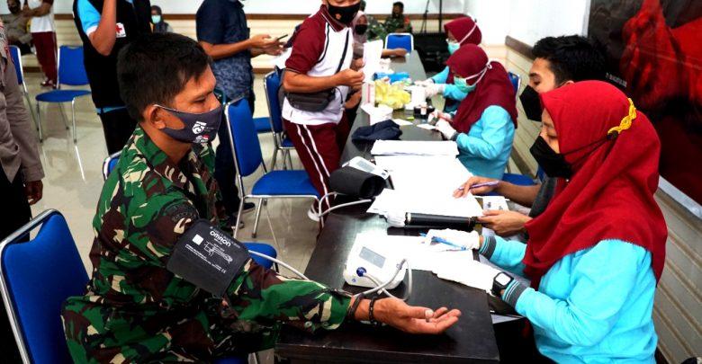 Peringati HUT Lotim ke 126, Pemkab Mengadakan Donor Darah Massal