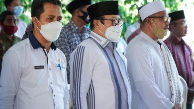 Wabup Lotim Hadiri Pelantikan Dewan Pengawas BUMDes Banjar Sari